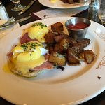 Fabulous eggs Benedict