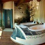 La nostra SPA con idromassaggio, sauna e bagno turco. Con vista panoramica sulla valle!