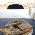 Les moules marinières frites et la crêpe au chocolat du menu à 11,50 euros.