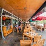 Ven a Plaza Mayor Medellín y disfruta del buen sabor en Zona Viva.