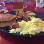 Grilled English,Scrambled Eggs,Corned Beef Hash & Home Fries