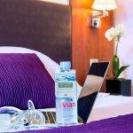 Bouteille d'Evian offerte à l'arrivée. Evian Bottle offered upon Arrival