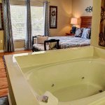 Master King Bedroom with Jacuzzi Tub