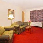 Comfort Suites Yakima Image