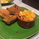 Fried chicken and mac n cheese