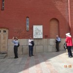 Entrando en la Armería del Kremlin de Moscú.