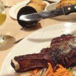 ภาพถ่ายของ Annie's Paramount Steak and Seafood House