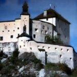die mächtige Burg heute ein Schloß