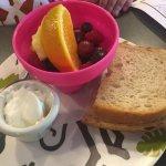kids fruit & yogurt