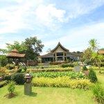 Benz Spa gardens