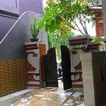 صورة فوتوغرافية لـ Serangan Inn II
