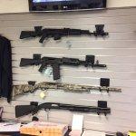 The Gun Store Foto