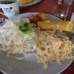 Chonta ( ensalada) maduro ( plátano) arroz y Pescado...Algo del buffet que seleccione...
