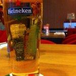 O espaço louge é muito agradável a cerveja vem no capricho.