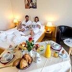 Zimmerfrühstück auf Anfrage (mit Aufpreis)