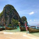 Photo de Phra Nang Cave Beach