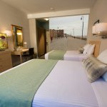 Double Double Bed Room_Long Beach Boardwalk Wall Picture_Adria Hotel & Conference Center_Bayside