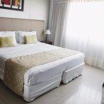 Ker Urquiza Hotel & Suites Photo