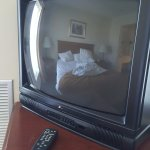"Blurred picture and couldnt hear the sound properly from this 24"" Zenit TV."