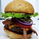 Nosso delicioso hambúrguer gourmet Pipeline!