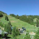 Foto de Zephyr Mountain Lodge