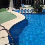 Photo de Apartamentos El Faro