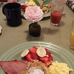 Breakfast at Bent Creek Lodge