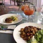 Foto de Petit Pois Restaurant