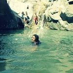 disfrutando de las lagunas en las tinajas