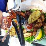Foto de Pier Restaurant and Tiki Bar