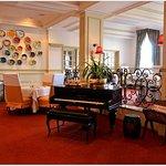 Photo de Monarch Hotel