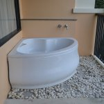 Jacuzzi Bath in Balcony