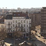 Vue de la terrasse, beau point de vue sur Bruxelles et sur le tableau de Bottazzi