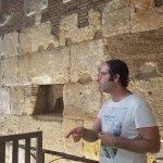 Photo de Travel Bound Barcelona Free Walking Tours