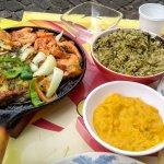 Escabeche com Camarão, pirão e arroz de Cuxá