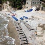 Spiaggia condivisa con un affitta lettini per esterni