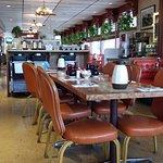 Vintage-vibe Diner!