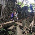 Best Angkor Guide