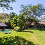 Kiangazi House and Pool