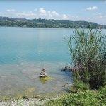Photo of Lake Varese bicycle trail