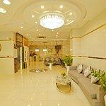Ha Hien Signature Hotel