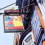 The Salutation照片