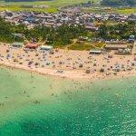 上空より見た白浜海水浴場。キシモト浜茶屋も見えます!