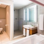Luxury Room bathroom offers separate bath