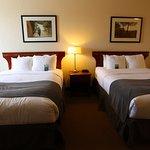 Photo de Lakeview Inns & Suites Fort Nelson