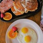 Breakfast at La Cascada - best pancakes ever!