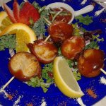 Bacon-wrapped scallops (appetizer)
