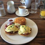 Eggs Benedict (with bacon instead of back bacon), orange juice and a cappuccino