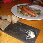 Wiener plate and complimentary bread