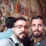 """Con el magnífico fresco de Rafael Sanzio """"La escuela de Atenas"""""""""""